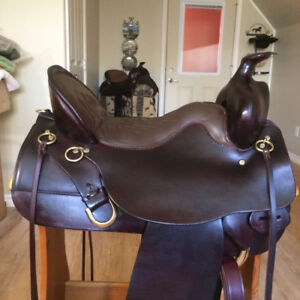 ~*~Tucker High Plains Saddle in New Condition~*~