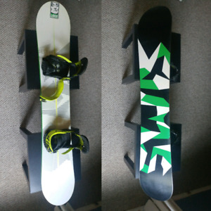 Sims Snowboard Package