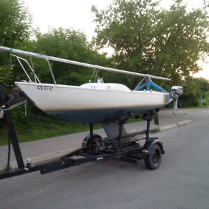 21' Sailboat With Trailer