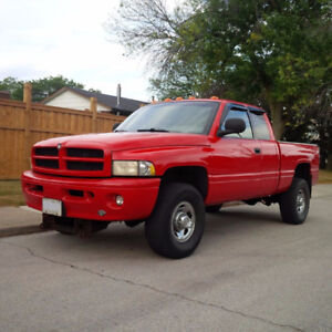 1999 Dodge Ram 2500 Cummins Diesel with V plow and plow partner