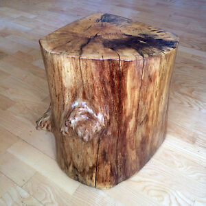 LOG SIDE TABLE ELM  18 ROUND BY 20 TALL. [SACKVILLE NB]