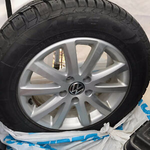 4 Blizzack Winter Tires with Alloy Rims