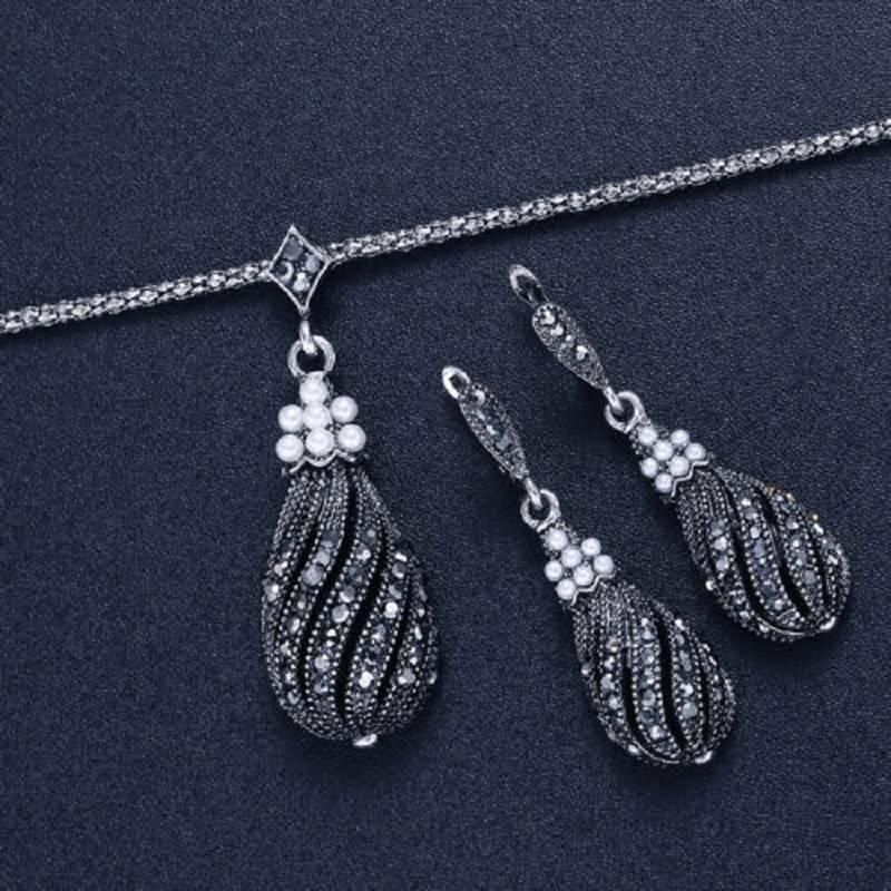 Vintage Zircon Pearl Pendant Necklace Earrings Women