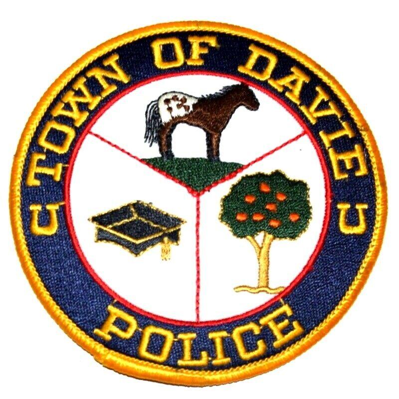 "DAVIE FLORIDA FL Sheriff Police Patch RACE HORSE GRADUATION CAP ORANGE TREE 4"" ~"