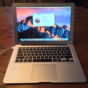 Apple MacBook Air 13-inch 2014 i5/ 8GB Ram/ 250GB