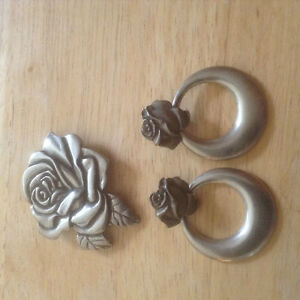 Pewter Brooche and matching pierced ear rings