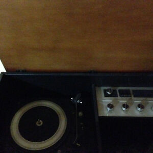 Clairtone cabinet stereo Project G look alike