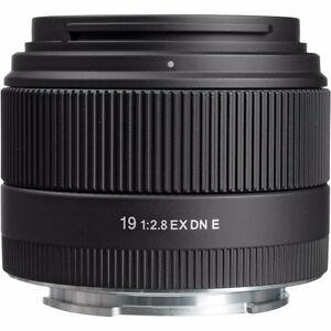 Sigma 19mm F2.8 EX DN prime lens M43, Olympus, Panasonic, Lumix