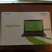 Aser Aspire One - Good entry level laptop deal for Christmas