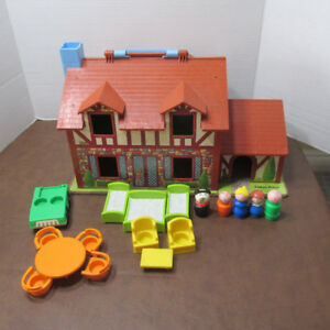 VINTAGE FISHER PRICE PLAY FAMILY LITTLE PEOPLE MAISON # 952