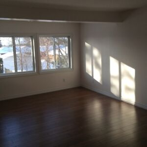 EXECUTIVE TWO BEDROOM APARTMENT - EAST END