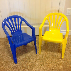 2 toddler chairs