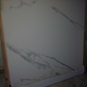 Porcelain tile Statuario Polish 2424