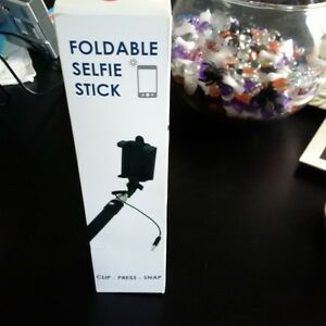 Yamaha Deluxe Foldable Selfie Stick - New