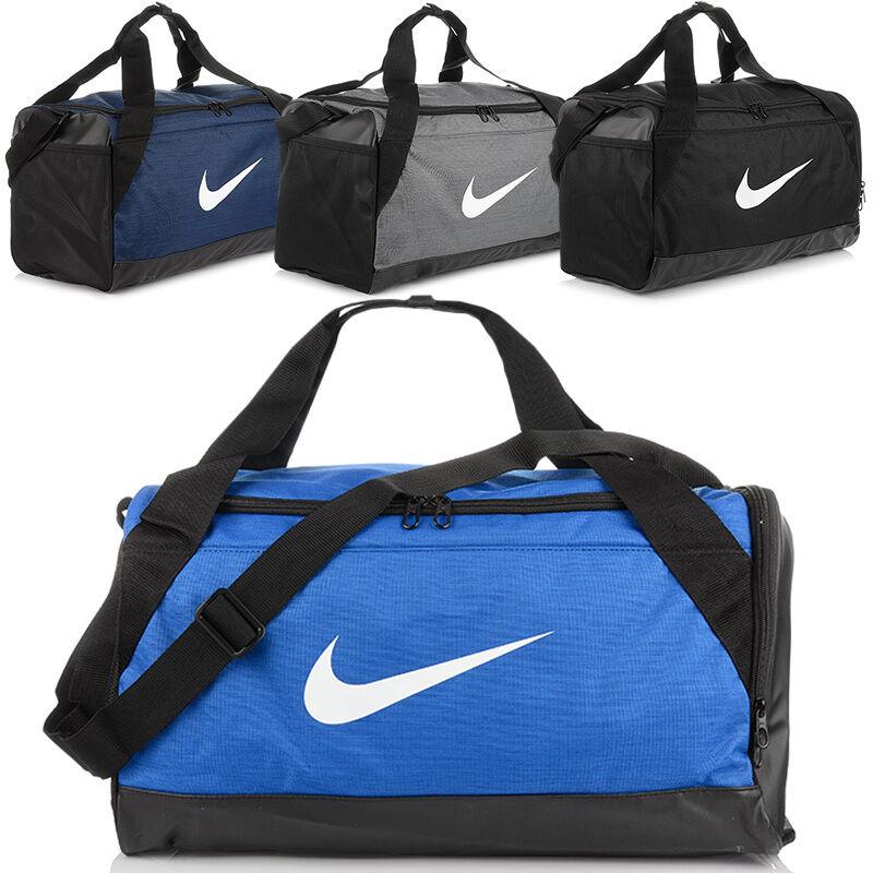 305f2a68d7daf Nike Club Team Swoosh Sporttasche Trainingstasche. NIKE BRASILIA Duffel Gym  Sport Bag Luggage S Sporttasche Tasche BA5335