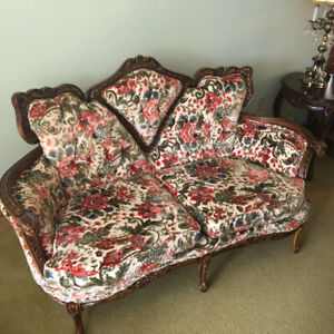 Vintage Victorian Floral Loveseat w Intricately Carved Wood Trim