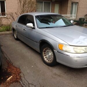 2001 Lincoln Town Car Berline