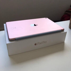 Ipad Pro Rose Gold 32gb WiFi + Charger Perfect Condition