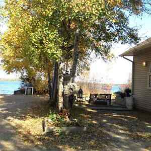 4 season lakefront cabin for sale