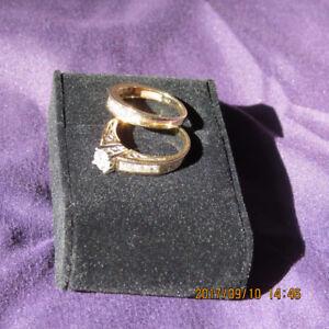 Exquisite diamond ring set