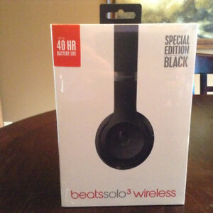 Brand New Special Edition Beats Solo3 Wireless Headphones
