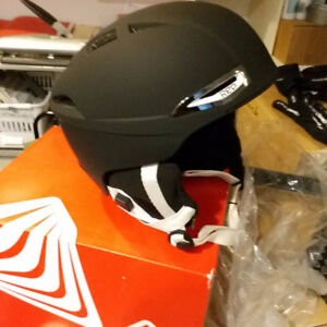 RED By Burton Drift Snow Helmet Small 55-57 cm