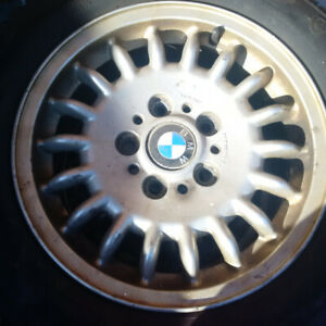 BMW Rims (7Jx15 1S47 BMW 11800069-4) with Like New Snow Tires