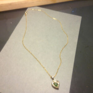 Beauty Heart Green Jade Yellow Gold Plated Pendant Necklace + Ch
