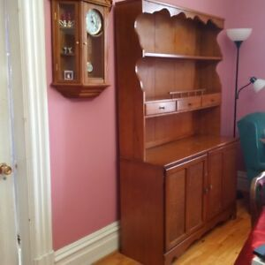 China cabinet with corner cabinet