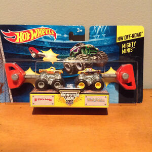 HOT WHEELS MONSTER JAM MIGHTY MINIS.....BRAND NEW! West Island Greater Montréal image 3