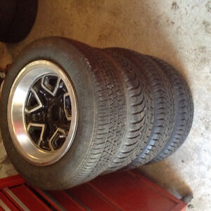 4 14 inch chev rally rims also 2 15 inch honey comb