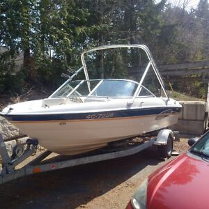 2004 Bayliner 185 XT Wakeboard Tower Bowrider