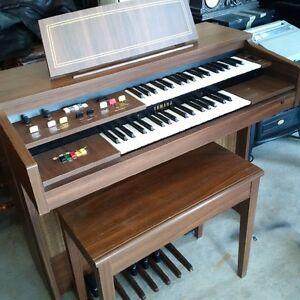 Orgue Yamaha très propre! Yamaha Organ very good condition!