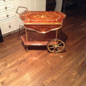 Coffee and tea table/rolling cart Windsor Region Ontario image 2