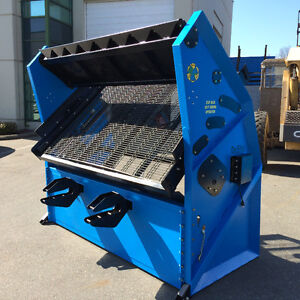 DeSite SLG Vibratory Topsoil / Rock / Compost and Sand Screeners
