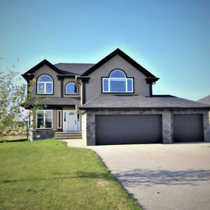FORT SASKATCHEWAN -- Get sooo much more house for your $$$