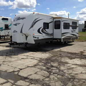 2013- KEYSTONE-LITE TRAILER TAG ALONG GREAT FOR TOWING