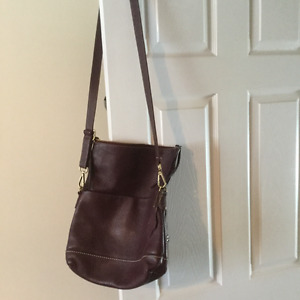 Roots 'Emma' Leather Cross Body Bag
