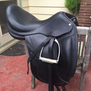 2014 15 inch Leather Jumping Saddle