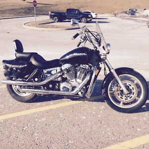 2005 HONDA SHADOW  SPIRIT 1100CC