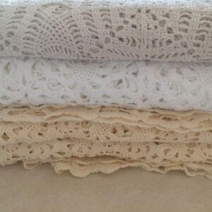 Handmade crochet tablecloths /nappes crochetées  à la main