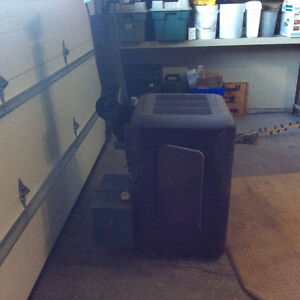 Large Kerosene Heater - 51,000 BTU Peterborough Peterborough Area image 2