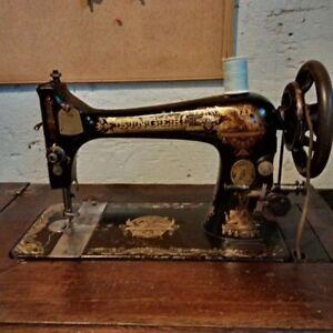 """1902 Antique Singer """"Sphinx"""" Treadle sewing machine"""