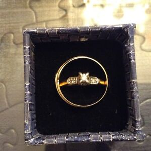 10 k Gold Engagement and Wedding ring Set for Women