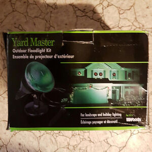 Outdoor Floodlight Kit made by Yard Master
