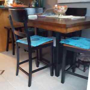 Pub style table and 4 chairs solid wood