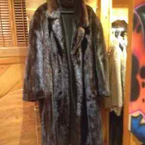 Genuine Mink Fur Coat with matching Mink Hat -luxurious quality