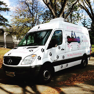 MOBILE DOG GROOMING & MOBILE NAIL TRIMS
