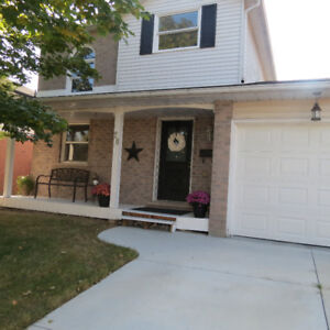 GREAT SINGLE DETATCHED HOME UNDER $400K OPEN HOUSE SUNDAY 2-4PM