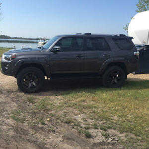 2016 Toyota 4Runner (3 inch lift) no gst